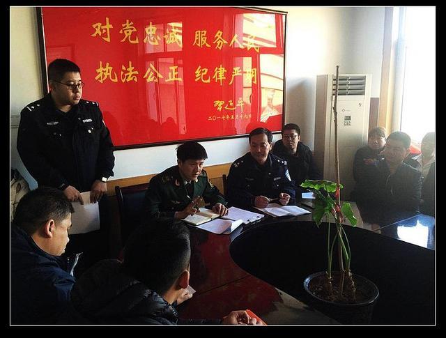 海港大队对派出所及辖区餐饮企业进行消防安全培训