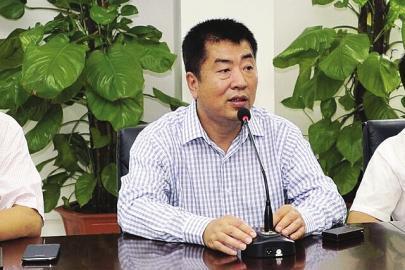 中彩在线总经理贺文被带走,去年起诉新华社记者称名誉权受损