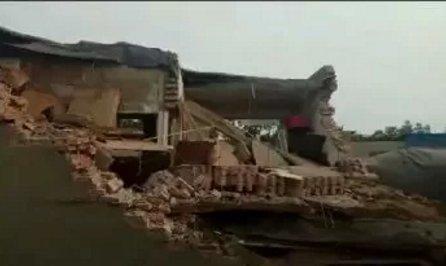 河北一村民家中液化气罐发生爆炸致1死