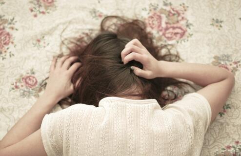 爱生闷气的女人注意了!长期抑郁易得甲亢