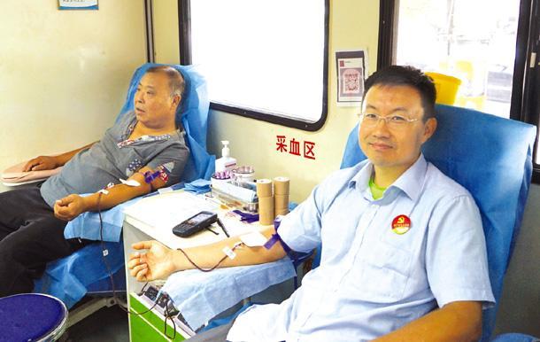 衡水市供销社职工献热血