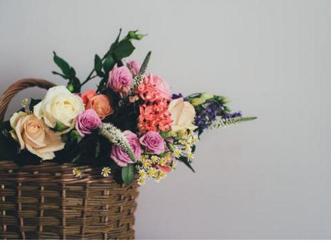 婚礼现场鲜花布置 结婚有哪些常用的鲜花
