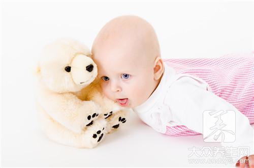 宝宝智力发育迟缓的5信号表现?