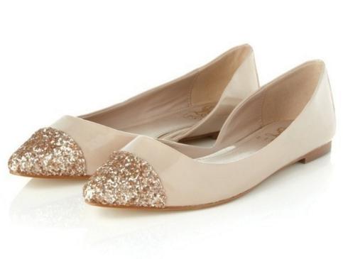 如何挑选合适的婚鞋 婚鞋挑选有什么讲究