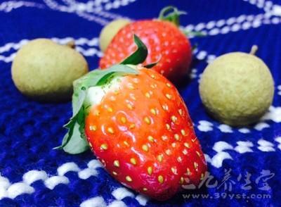 红椒、草莓、油菜花中富含维生素C