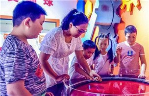 河北阜城:乐享科技度暑假