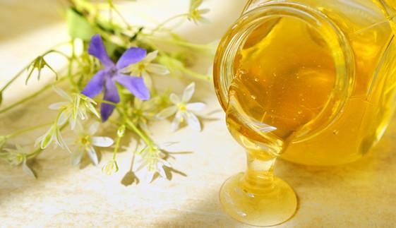 蜂蜜冻龄有妙招 巧用蜂蜜留住青春