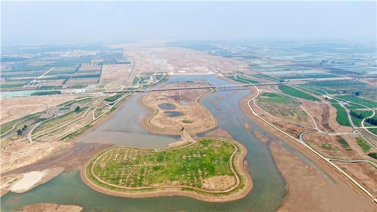 滹沱河生态修复工程土壤改良全面展开
