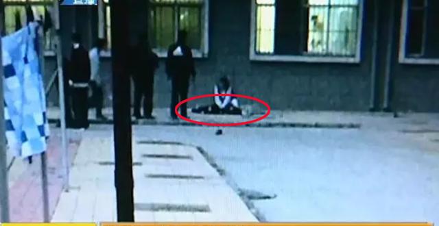 河北18岁女大学生跳楼自杀