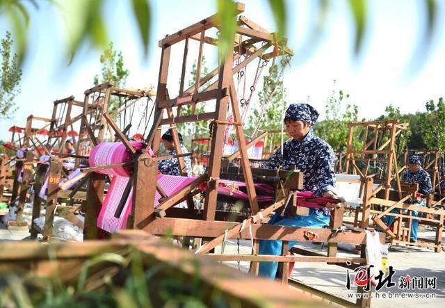 沙河:非遗项目带动妇女致富