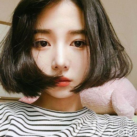 2017女生圆脸短发图片 短发 圆脸超可爱萌呆