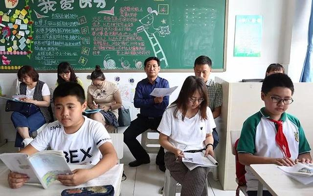 """唐山东方国际教育集团开展""""同课异构""""教研活动"""