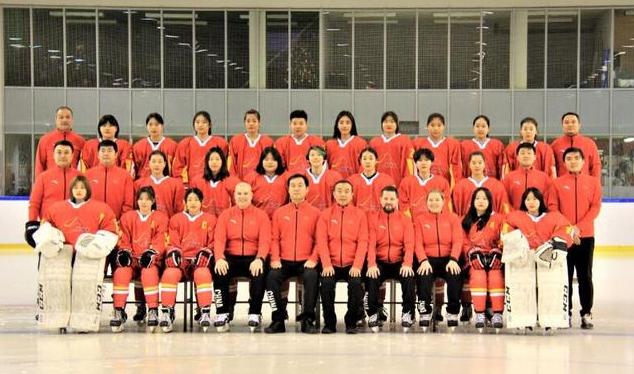 女子冰球U18世锦赛,河北俩姑娘随中国队获季军