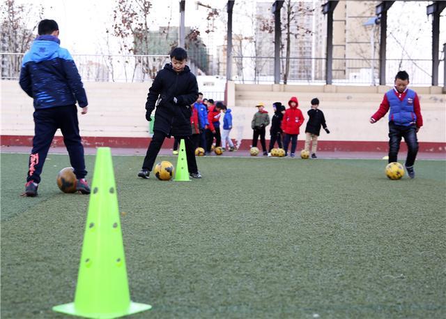 廊坊固安:校园足球 乐享童年
