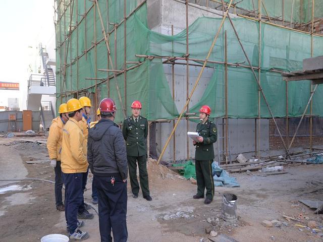 山开大队深入在建工地开展大排查暨电气火灾防范行动
