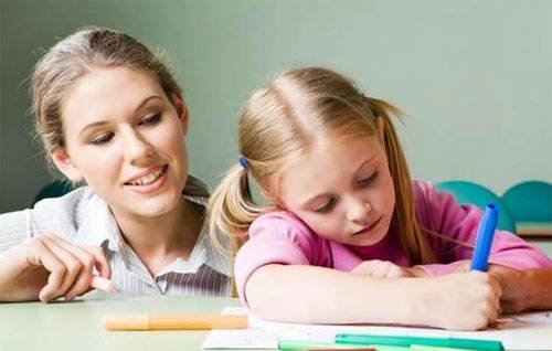 """家长花巨资学习""""止吼课程"""" """"止吼""""重在改善自身"""