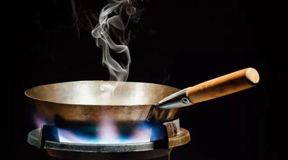 容易致癌的7种做菜习惯 每个中国家庭都很常见