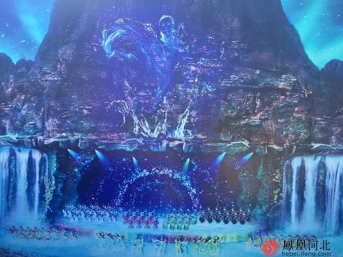 京西百渡火秀剧场依山傍水 月亮湾小镇呼之欲出