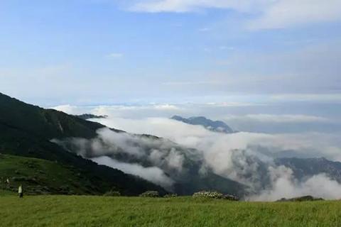 张家口出现全世界最美云海