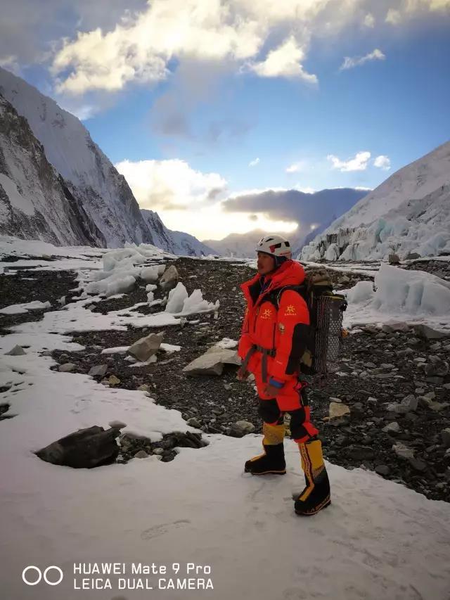 这家公司花千万送90后员工登顶珠峰、徒步北极,图啥?