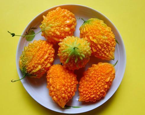 十种最罕见水果见过五种的算你牛!它外形像猫屎却好吃!