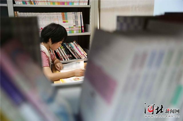 任县:品味书香过暑假