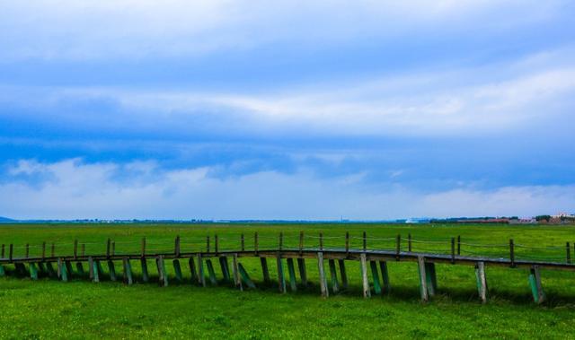 草原天路 美景宜人