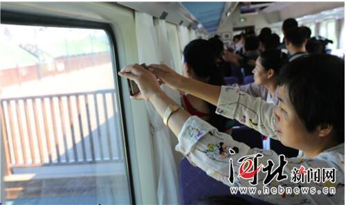秦皇岛山海旅游观光铁路全线开通