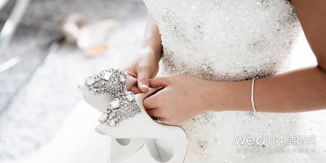 钻石手链戴法有哪些 如何挑选专属于你的那款钻石手链