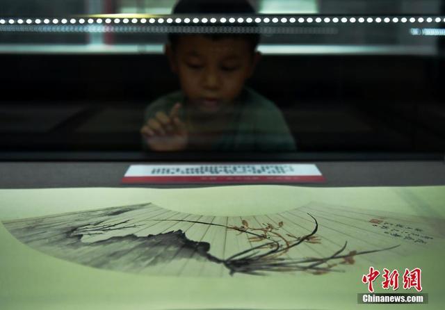 明清至近现代知名女书画家精美作品亮相河北博物院
