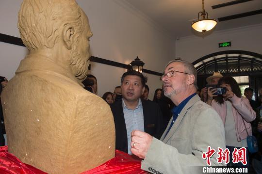 """中国铁路先驱""""金达纪念馆""""建成喜迎""""贵客"""""""