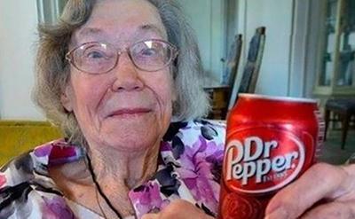 美国百岁老人长寿秘诀竟是每天喝三瓶碳酸饮料?