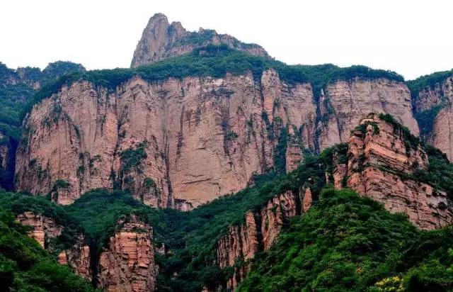 嶂石岩_河北嶂石岩风景区