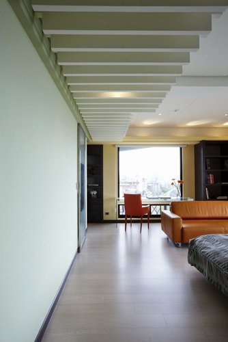 让采光无死角 简约敞亮的二居室设计(图)