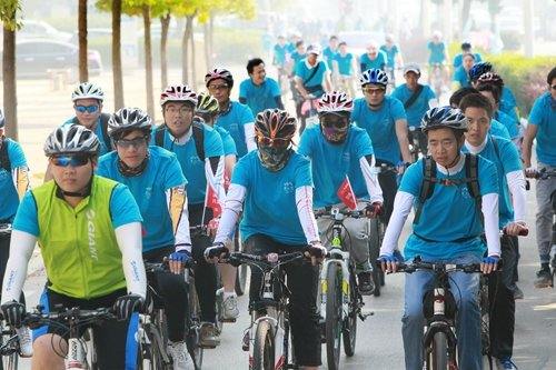 华南城:安徽首届自行车健身环保行26日圆满落幕