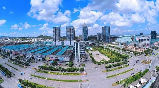 华南城勇担社会责任 创新扶贫形式