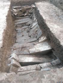 周南高速建设项目发现百余座古墓葬
