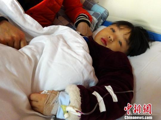 4岁男童患高氨血症病危 母亲弃二胎欲献肝救儿