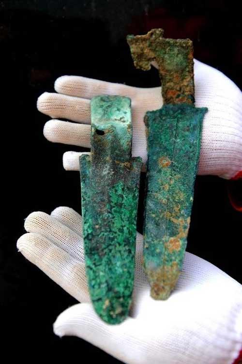 河南南水北调出土10万余件可贵文物 含金头饰
