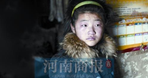 13岁女孩不舍得吃一碗面条 只想为父亲多省医药费