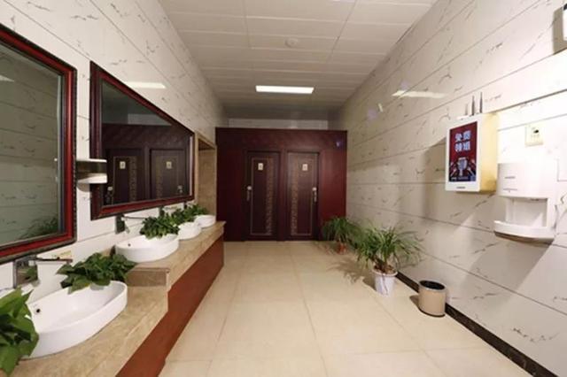 中国旅游报大篇幅报道永城芒砀山旅游区:厕所革命引领景区转型升级