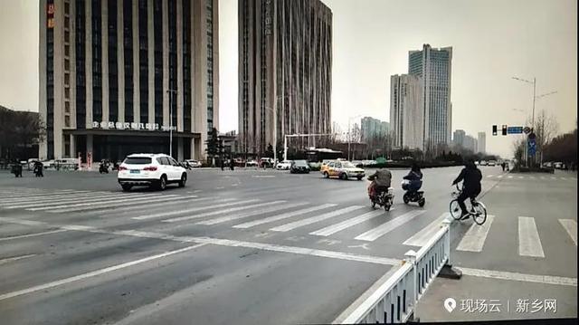新家书号灯刷新:这个路口非机动车可与机动车同时左转!