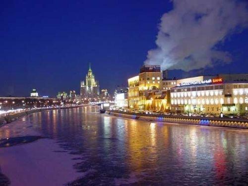 科莫斯科是一个人口超过1000万人的特大型城市,俄罗斯乃至欧亚大