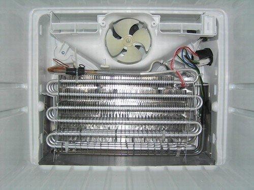 冰箱背部拆解风冷系统结构展示