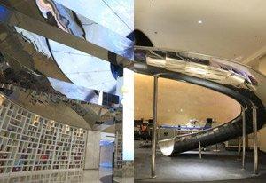 河南高校建最酷炫图书馆 装大滑梯玻璃栈道