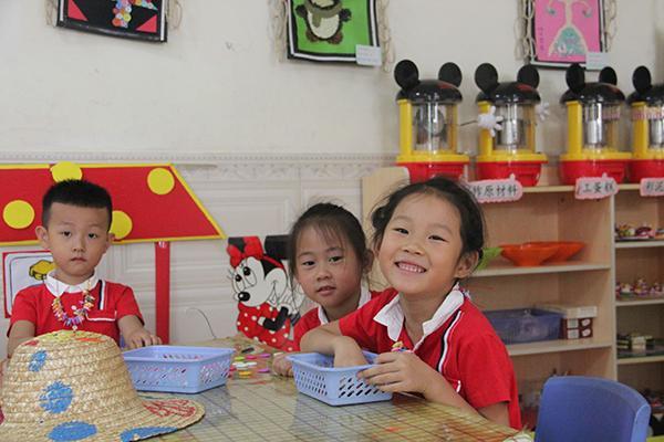 走进鹤立幼儿园,试探幼儿快速阅读的机密