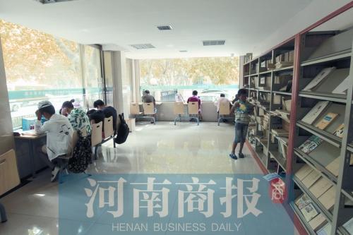 郑州24小时自助图书馆 运营一年少有丢书偶有损坏