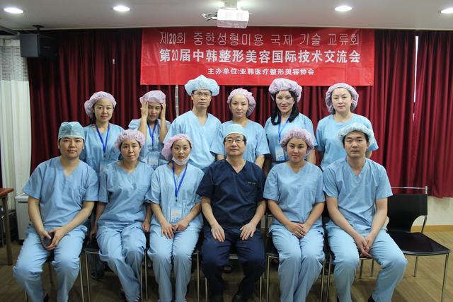 郑州华领医疗美容医院项目及专家简介