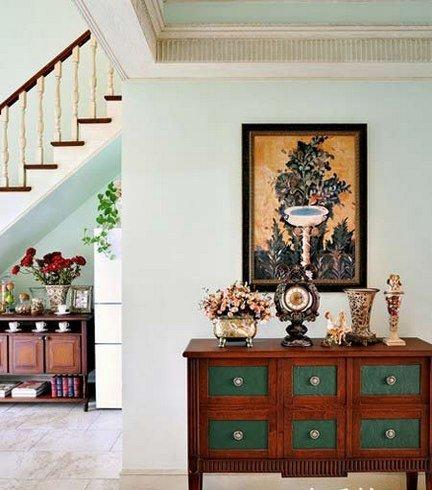 从玄关台,餐厅的杂物兼电视柜和楼梯下的备餐柜,厨房橱柜,餐厅书