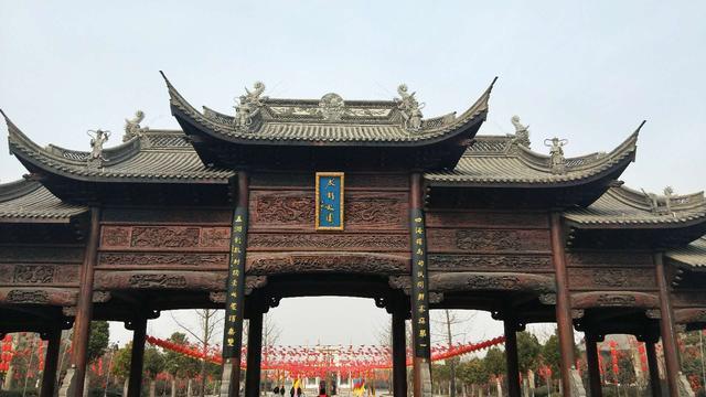 【网络媒体走转改】开封朱仙镇传承悠久历史 开启年文化节